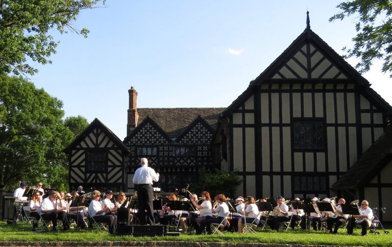 Richmond Concert Band at Agecroft Hall Mother's Day 2017
