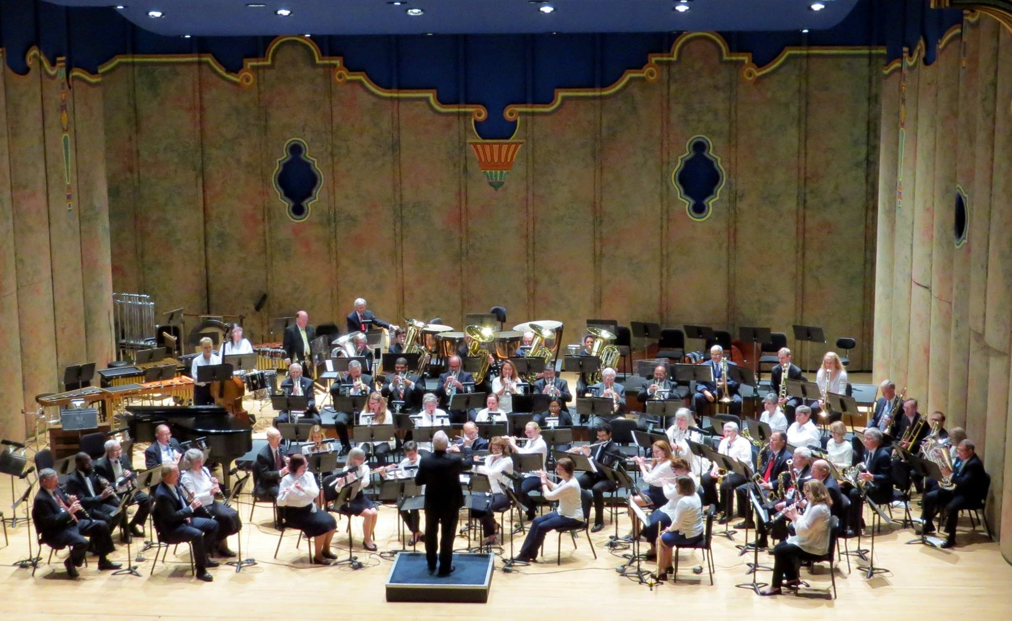 Richmond Concert Band performs atCenter Stage